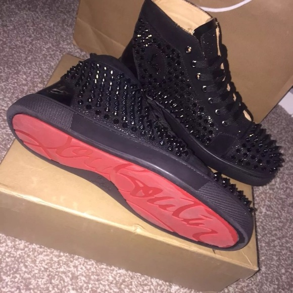 check out a946b 2d82f Mens Suede Christian Louboutin Sneaker